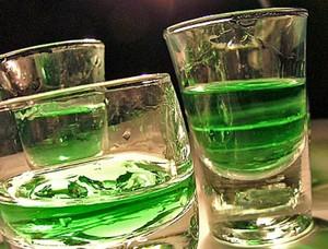 Как окрасить абсент в зеленый цвет
