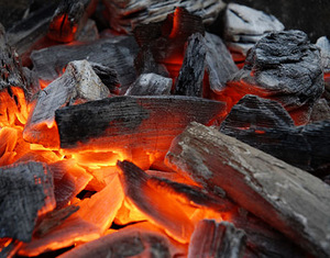Древесный уголь для приготовления самогона