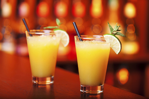 Коктейли алкогольные - Отвертка